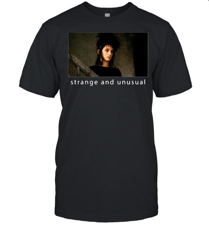 Beetlejuice Lydia Strange And Unusual Portrait T-shirt Classic Men's T-shirt