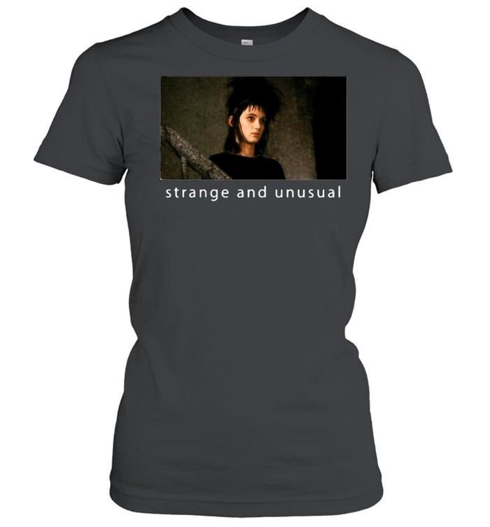 Beetlejuice Lydia Strange And Unusual Portrait T-shirt Classic Women's T-shirt