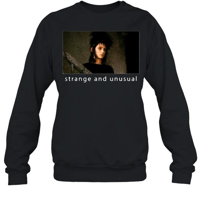 Beetlejuice Lydia Strange And Unusual Portrait T-shirt Unisex Sweatshirt