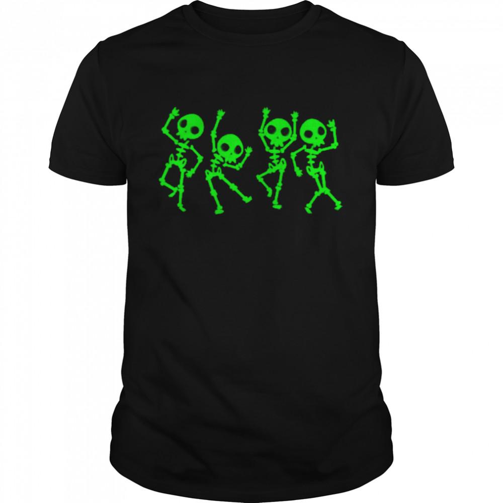 Halloween Dancing Human Skeletons shirt Classic Men's T-shirt