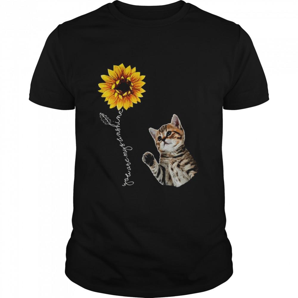 Sunflower Bengal Cat Hippie Friends Cutes Design  Classic Men's T-shirt