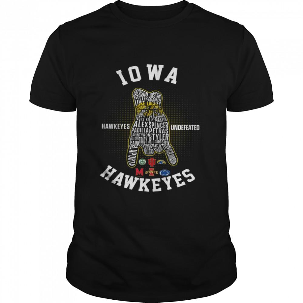 Iowa Hawkeyes Undefeated Hawkeyes  Classic Men's T-shirt